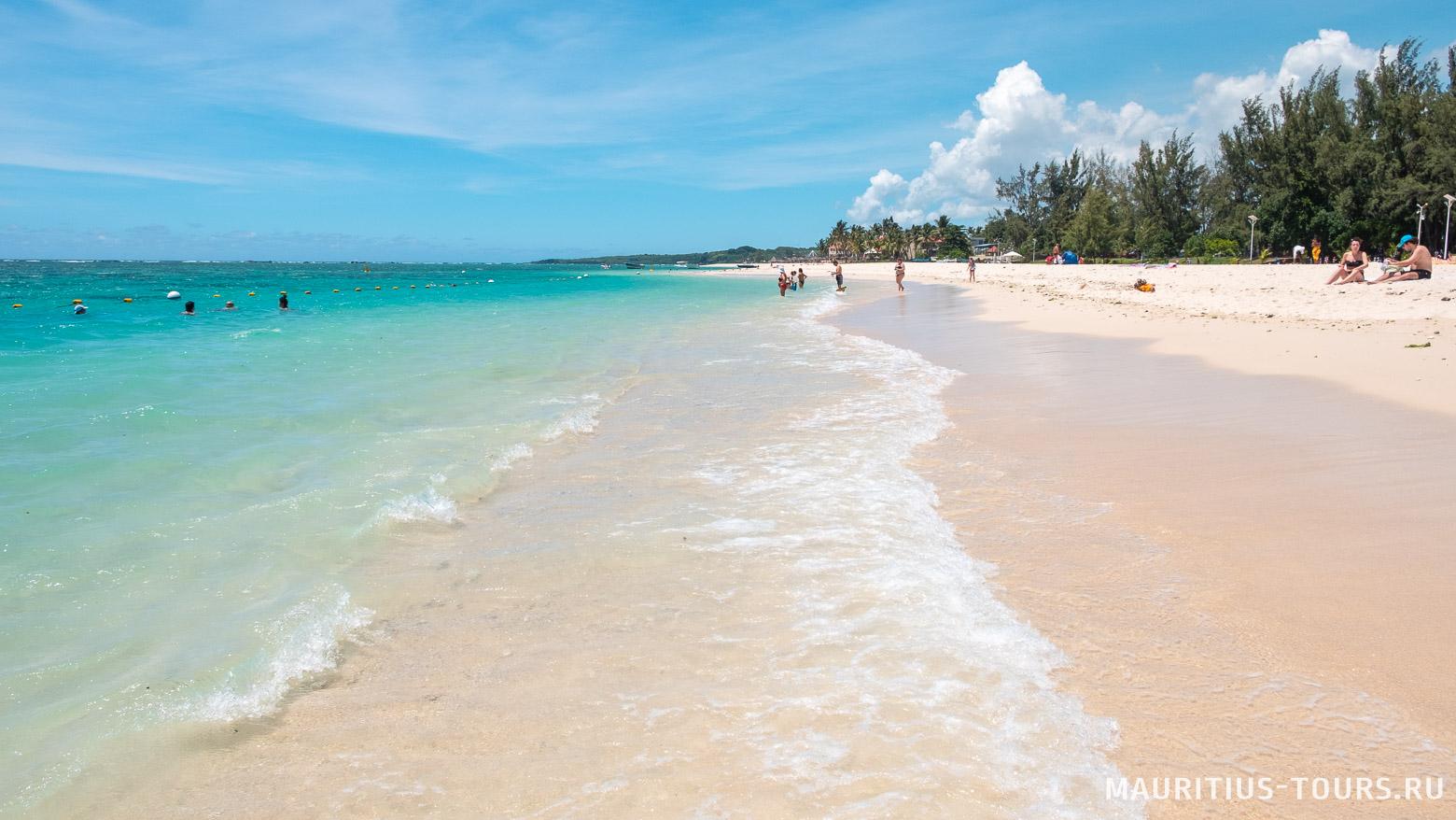 Говорят, Флик-н-Флак - лучший пляж на Маврикии