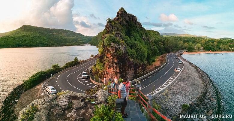 Живописный мыс на Маврикии