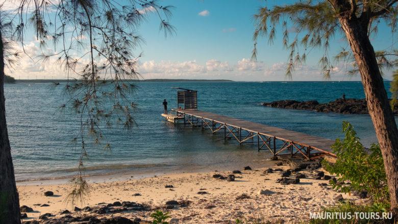 Северная часть пляжа Бель Мар на Маврикии