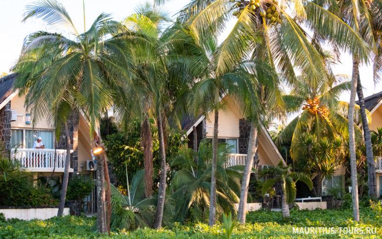 Отели на пляже Belle Mare на Маврикии